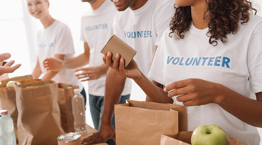 How Your Company Can Volunteer This Holiday Season